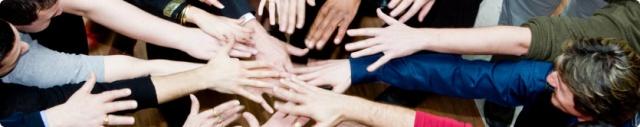 mans unides llarg